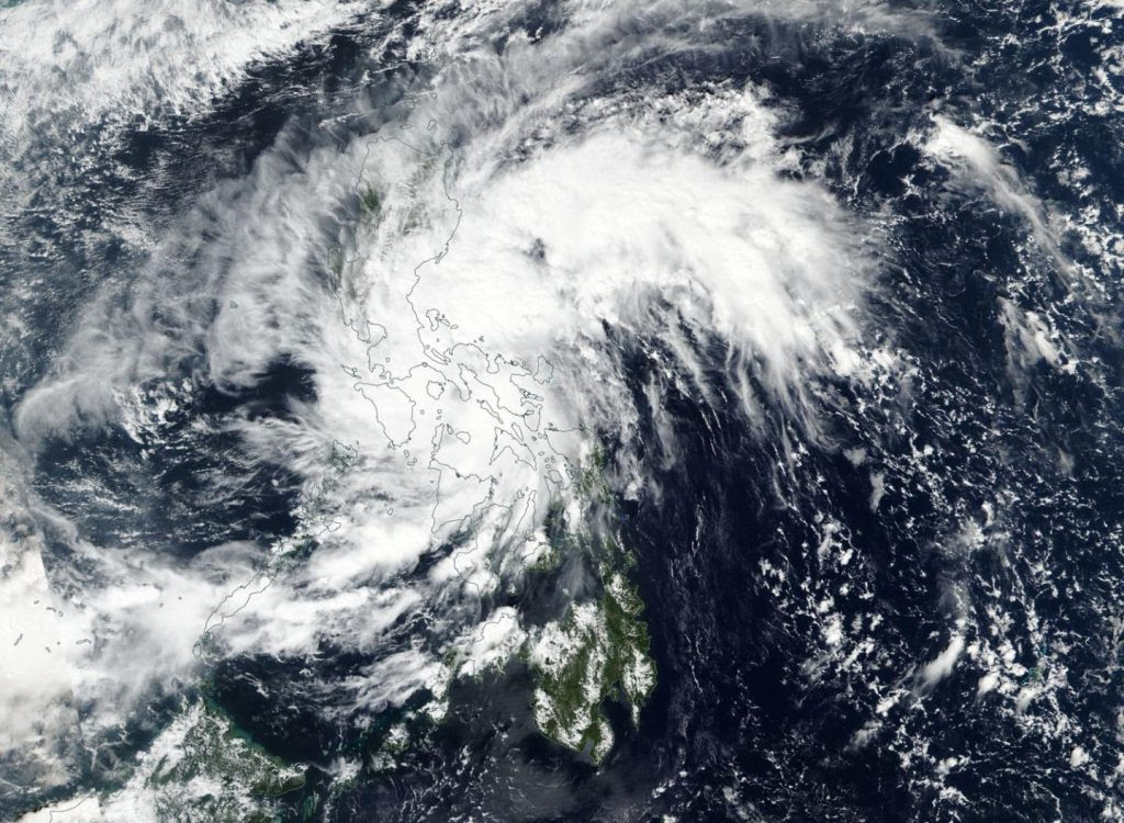 NASA-NOAA's Suomi NPP sees Tropical Depression Haikui form ...