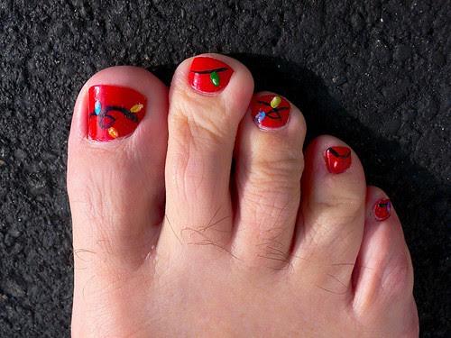 Christmas Light Nail Design for toenails.