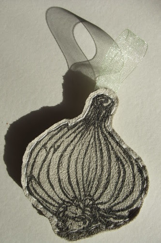 garlic with shadow