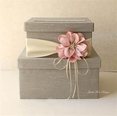 25  best ideas about Wedding Boxes on Pinterest   Drop box