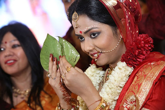 Why Hire A Well-Qualified Candid Wedding Photographer In Kolkata?