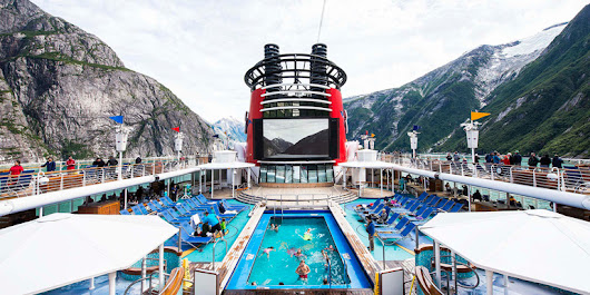 Smackdown! Disney Cruise Line vs. Norwegian Cruise Line - Bon Voyage by Cruiseline.com