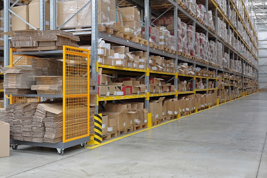 Making Commercial Storage Easier with Dexion Longspan Shelving