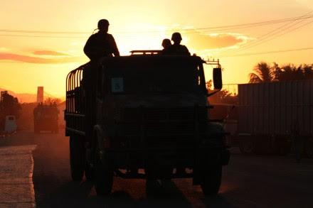 Militares en Tepalcatepec, Michoacán. Foto: Miguel Dimayuga