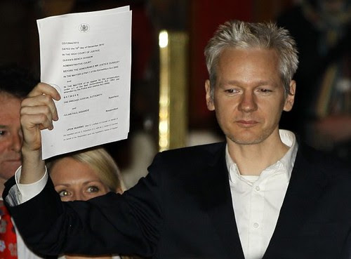 WikiLeaks founder Julian Assange walks out of British prison after the High Court upheld a lower decision to release the investigative journalist. Wearing a tether, he must report to police daily. by Pan-African News Wire File Photos