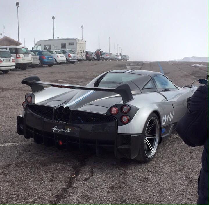 The Awaited PAGANI HUAYRA BC Has Been Noticed With No Camouflage Way ...
