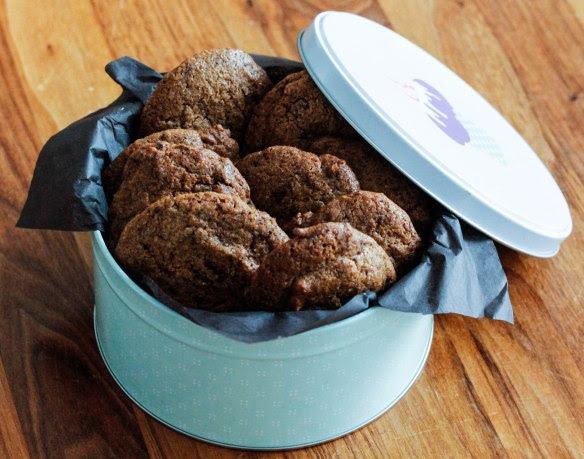 http://loveandlemongrass.com/2013/11/08/spiced-latte-chocolate-chip-cookies/