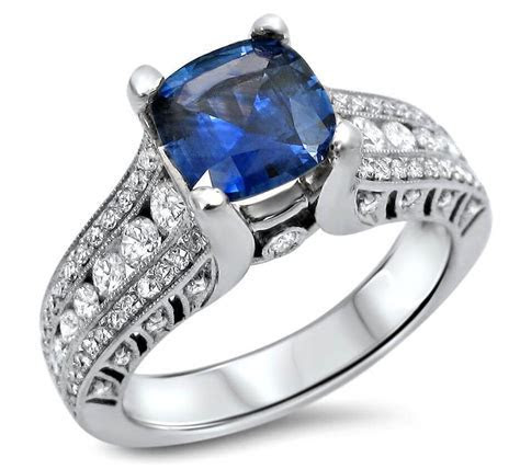 18ct white Gold blue Sapphire Engagement Ring 15045