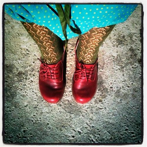 shoe, sock and skirt per diem april 15