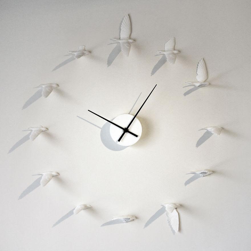 Flying Sparrow Clock