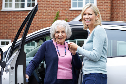 8 Ridesharing Services for Seniors | Caring.com