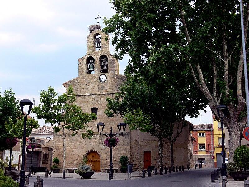 Archivo:Varea - Iglesia 28574351.jpg