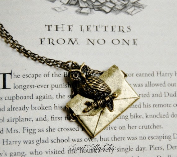 Custom Harry Potter Owl Post Necklace, Brass Owl Post Necklace with Custom Letter, Harry Potter Gift Proposal, Harry Potter Jewelry - SweetSillyChic