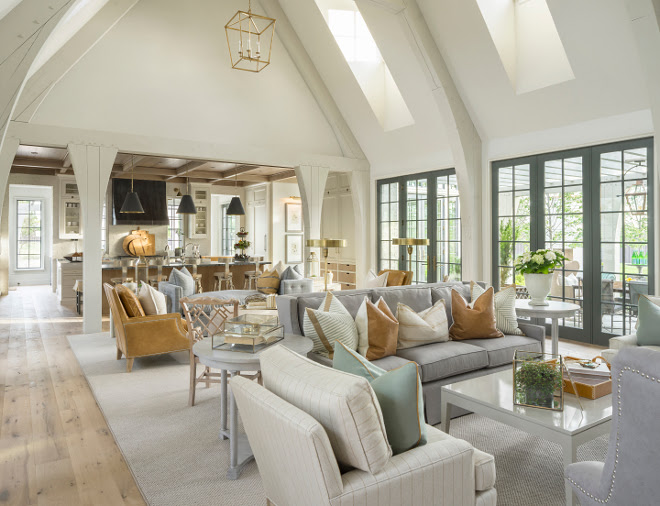 Family Home with Timeless Interiors - Home Bunch Interior ...