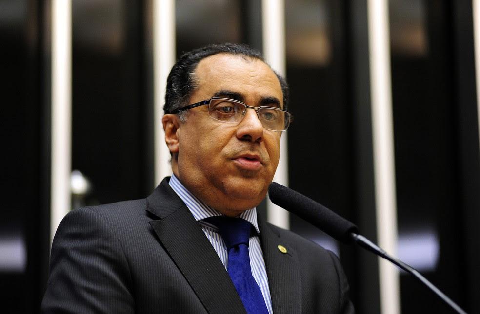 Foto de arquvio do deputado federal Celso Jacob (PMDB-RJ) discursando no plenário da Câmara (Foto: Gustavo Lima/Câmara dos Deputados)