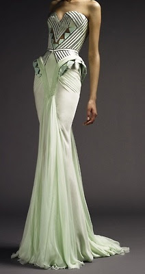Stunning Lines Versace Art Deco #crowdwerke