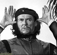 Run it's Che, again