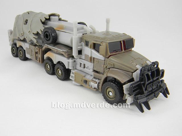 Transformers Megatron DotM Voyager - modo alterno