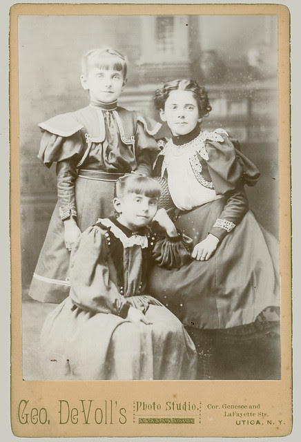 Cabinet Card Three Girls