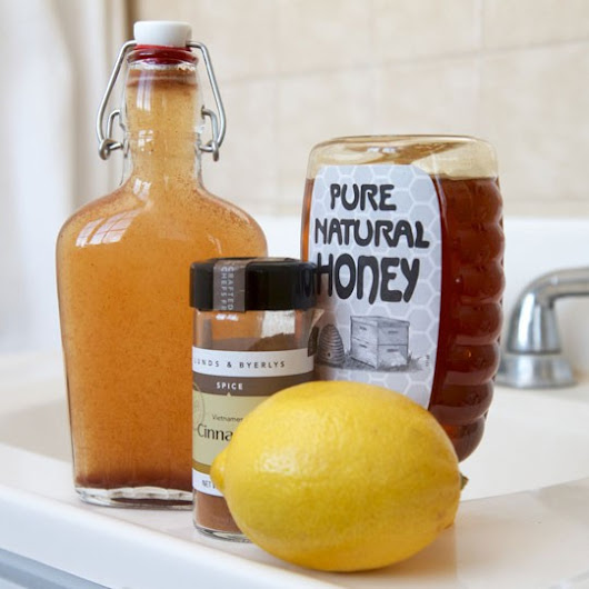 Homemade Cinnamon Mouthwash for Bad Breath