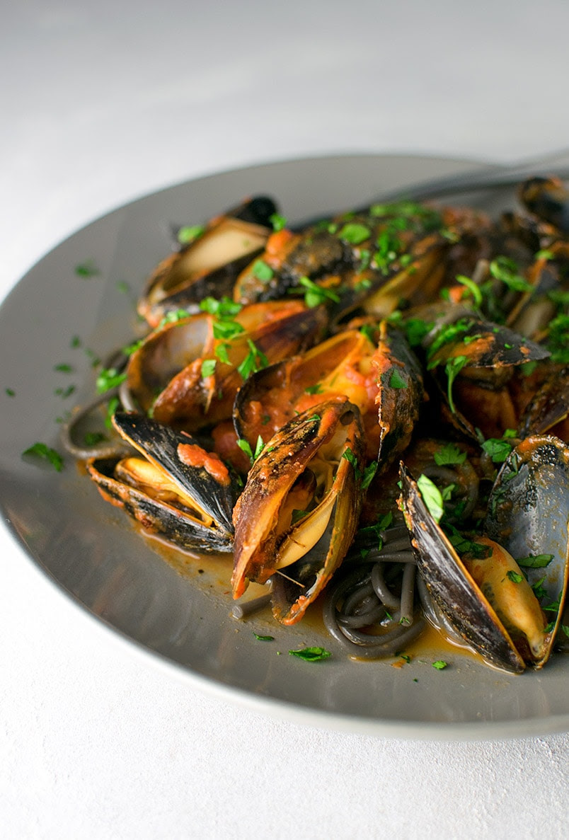 Spicy Squid Ink Pasta with Mussels Recipe | Kitchen Swagger