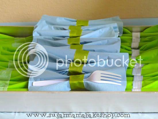 bowtie napkins
