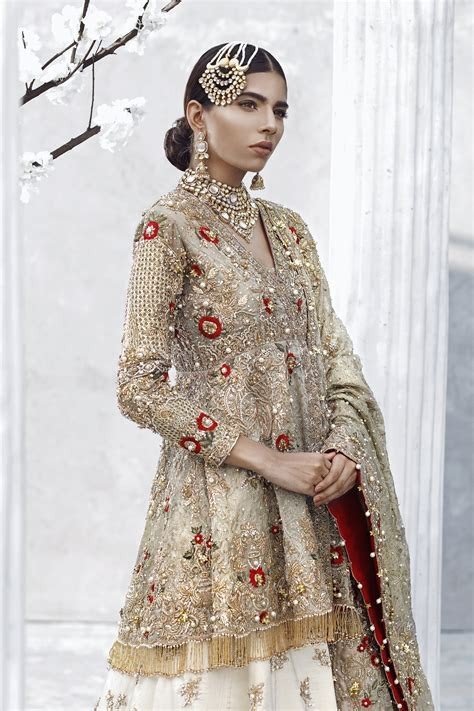 Tradition green Pakistani bridal dress by Asian wedding