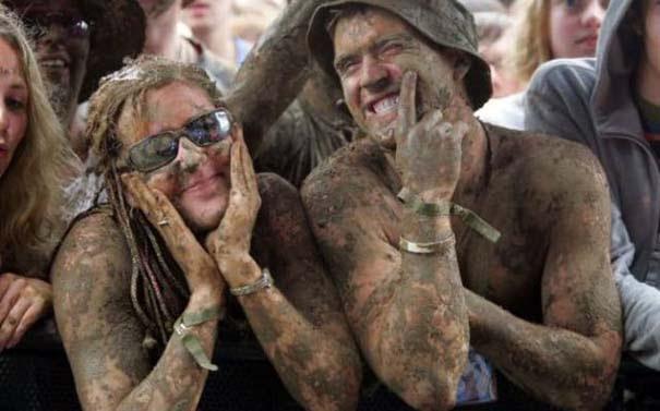 Glastonbury: Φεστιβάλ στις λάσπες (6)