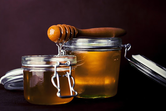 Organic honey — the honey that you should use - MyBeeLine