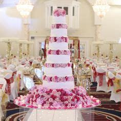 1000  images about Wedding Cake Tables on Pinterest