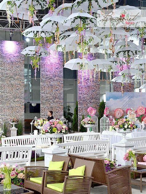 5 Delightful Umbrella Decoration Ideas to Welcome the
