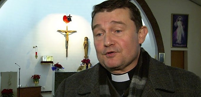 P. Custodio Ballester: si a un cura se le impide hacer una consideración moral nos cargamos la libertad religiosa