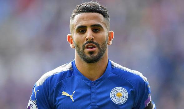 Chelsea hold talks with Leicester winger Riyad Mahrez