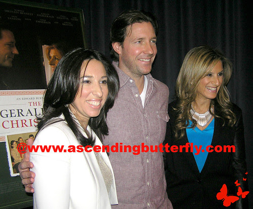 The Moms intro Ed Burns Fitzgerald Family Christmas Mamarazzi 10 WATERMARKED