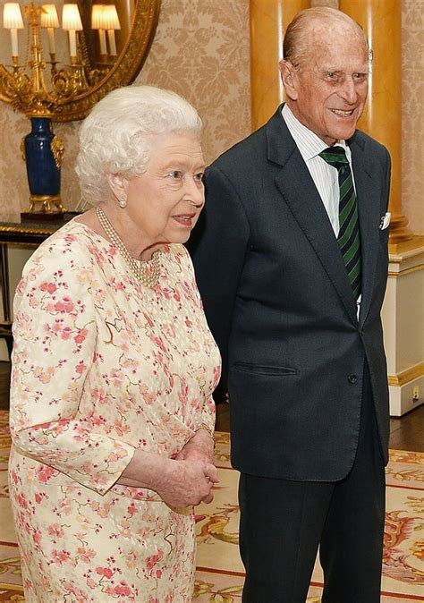 Queen Elizabeth II and Prince Philip greeted German