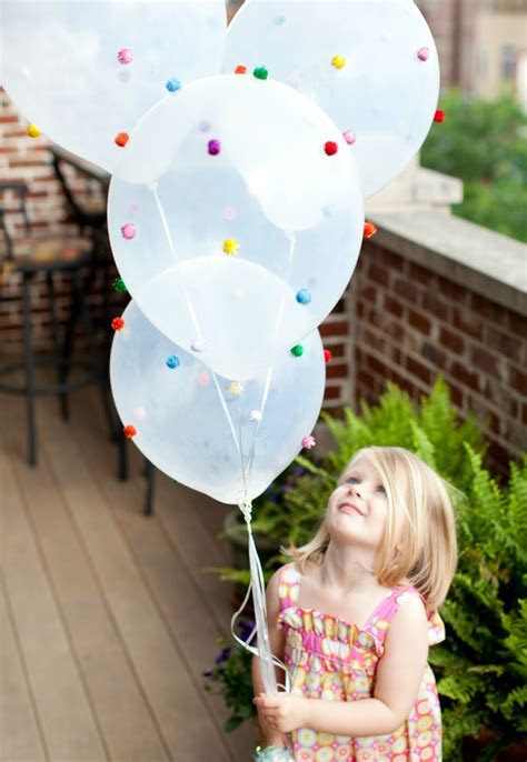 25 Fun Things to do with Balloons ? Fun Squared