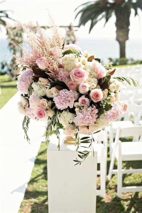 Best 25  Wedding floral arrangements ideas on Pinterest