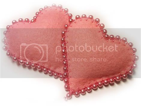 FELT BROACH - SPILLA in FELTRO Pictures, Images and Photos