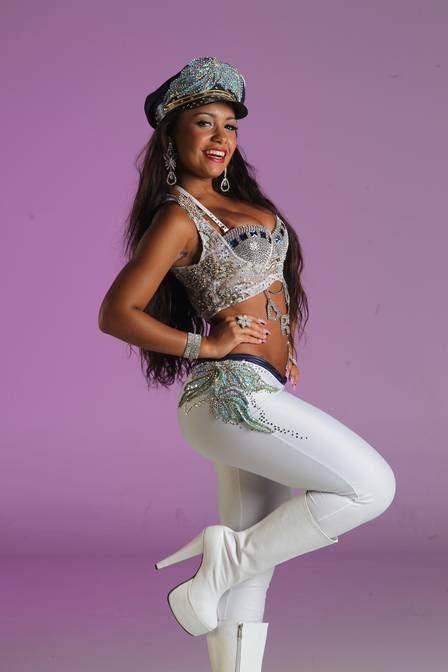 Raíssa, rainha de bateria da Beija-Flor