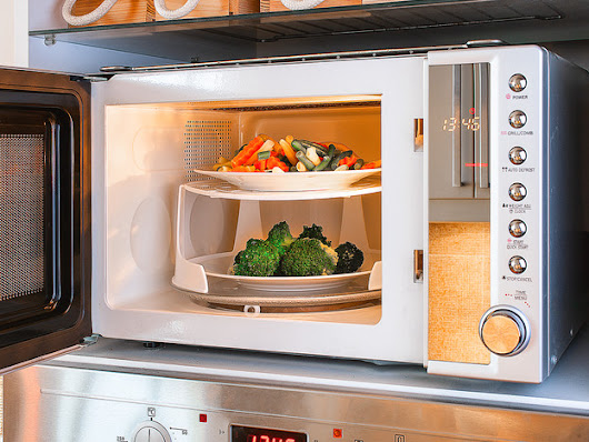 Is Microwaving Food Healthy or Unhealthy? - The Surprising Truth