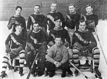 1914–15 Victoria Aristocrats team photo 1914ndash15 Victoria Aristocrats team.jpg