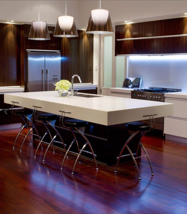 light and dark modern kitchen 2