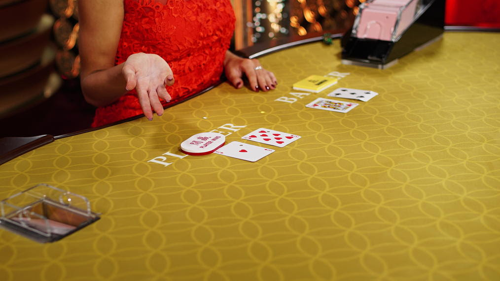 Each casino hand of Baccarat starts when you place your online play bet – and when you play Baccarat, online or live, you can bet on either the Player's or the Banker's hand, or you can real money bet on a Tie occurring.Once your play bet is in place, the Player and Banker will each receive two Baccarat cards from an online six-deck shoe.