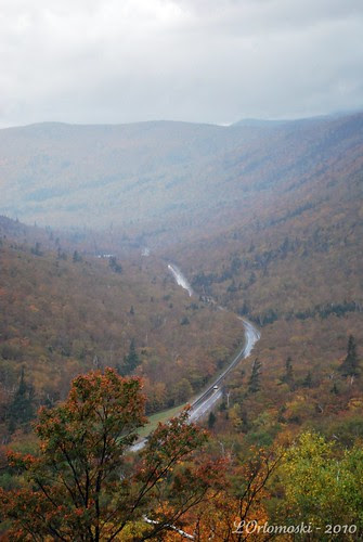 A rainy Route 302 through Crawford Notch