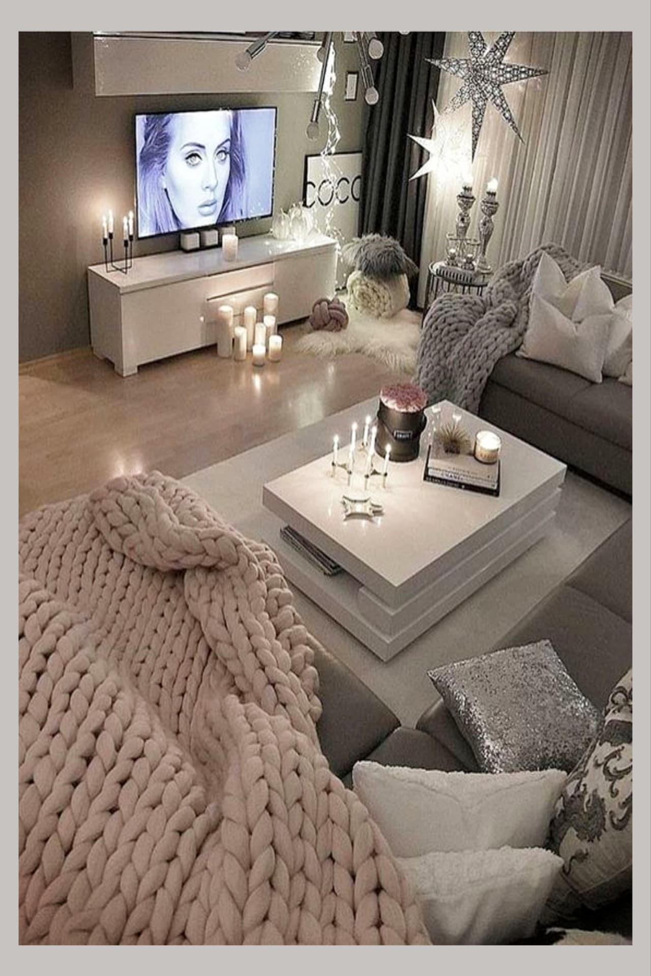 Cozy Neutral Living Room Ideas - Earthy Gray Living Rooms To Copy - Clever DIY Ideas