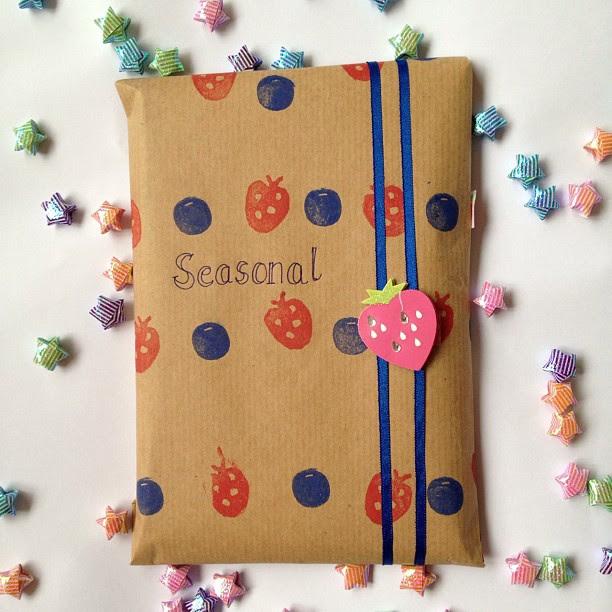 #secretpenpalscavegerhunt #snailmail #penpal #parcel #strawberry #blueberry