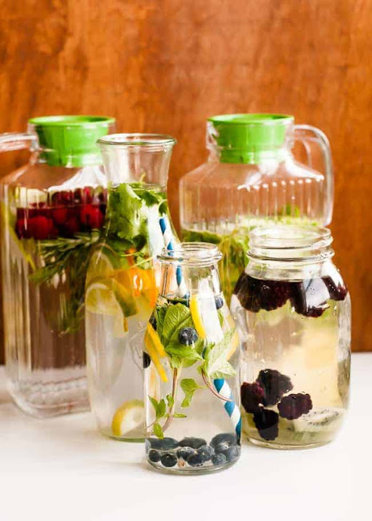 How to Make Infused Water | Tips for Making Your Own Flavored Water | HelloGlow.co