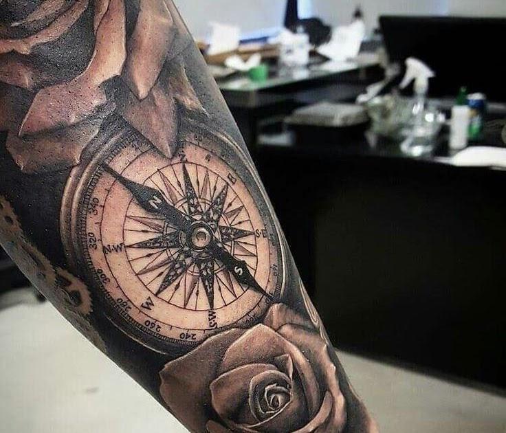 Tattoo motive bein mann