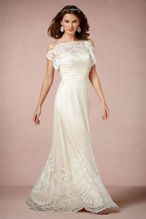 Show me your non traditional wedding dress