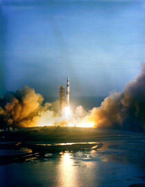 Dec21-1968-Apollo8_liftoff